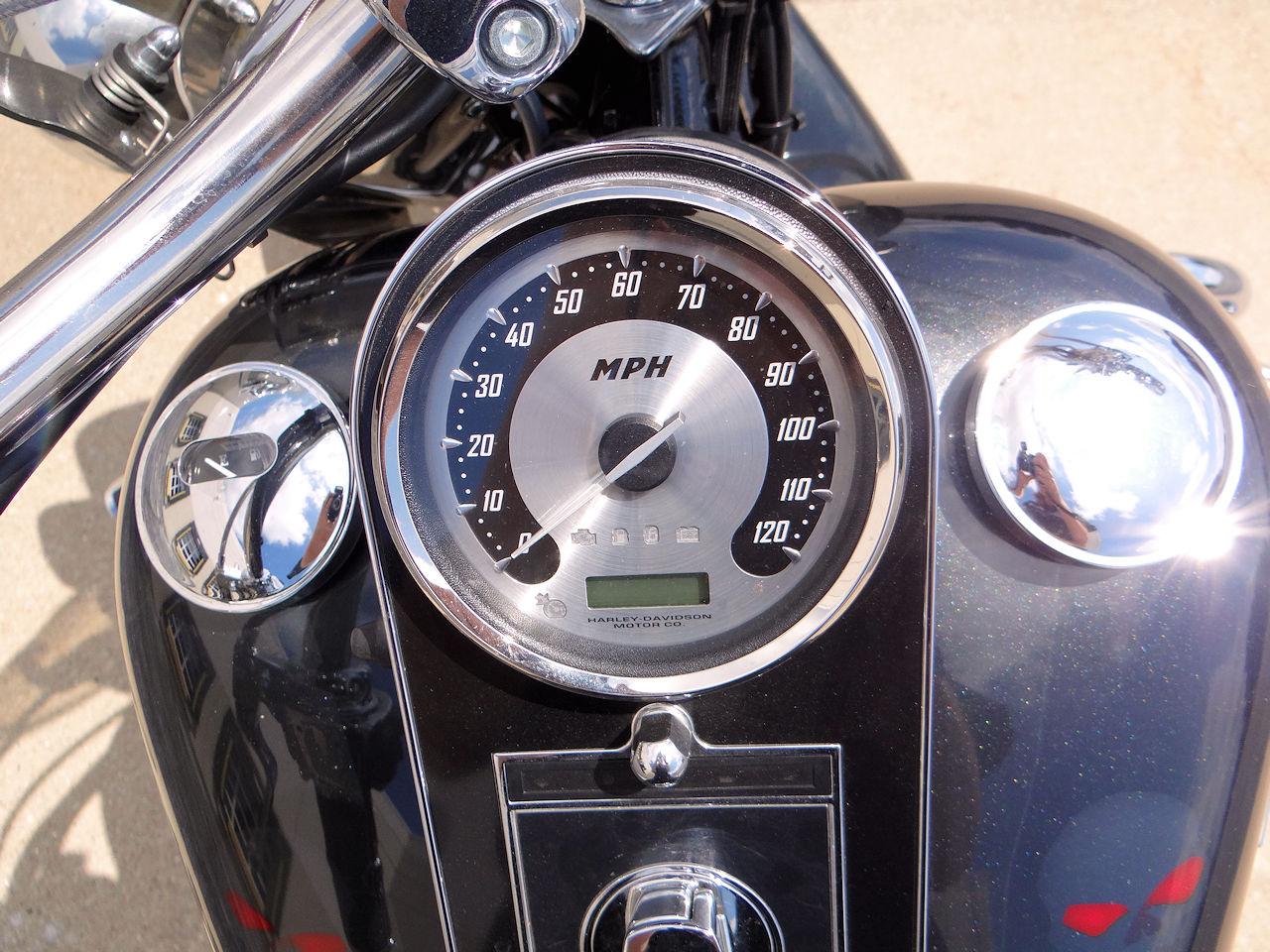 2006 Harley Davidson FLSTNI 12