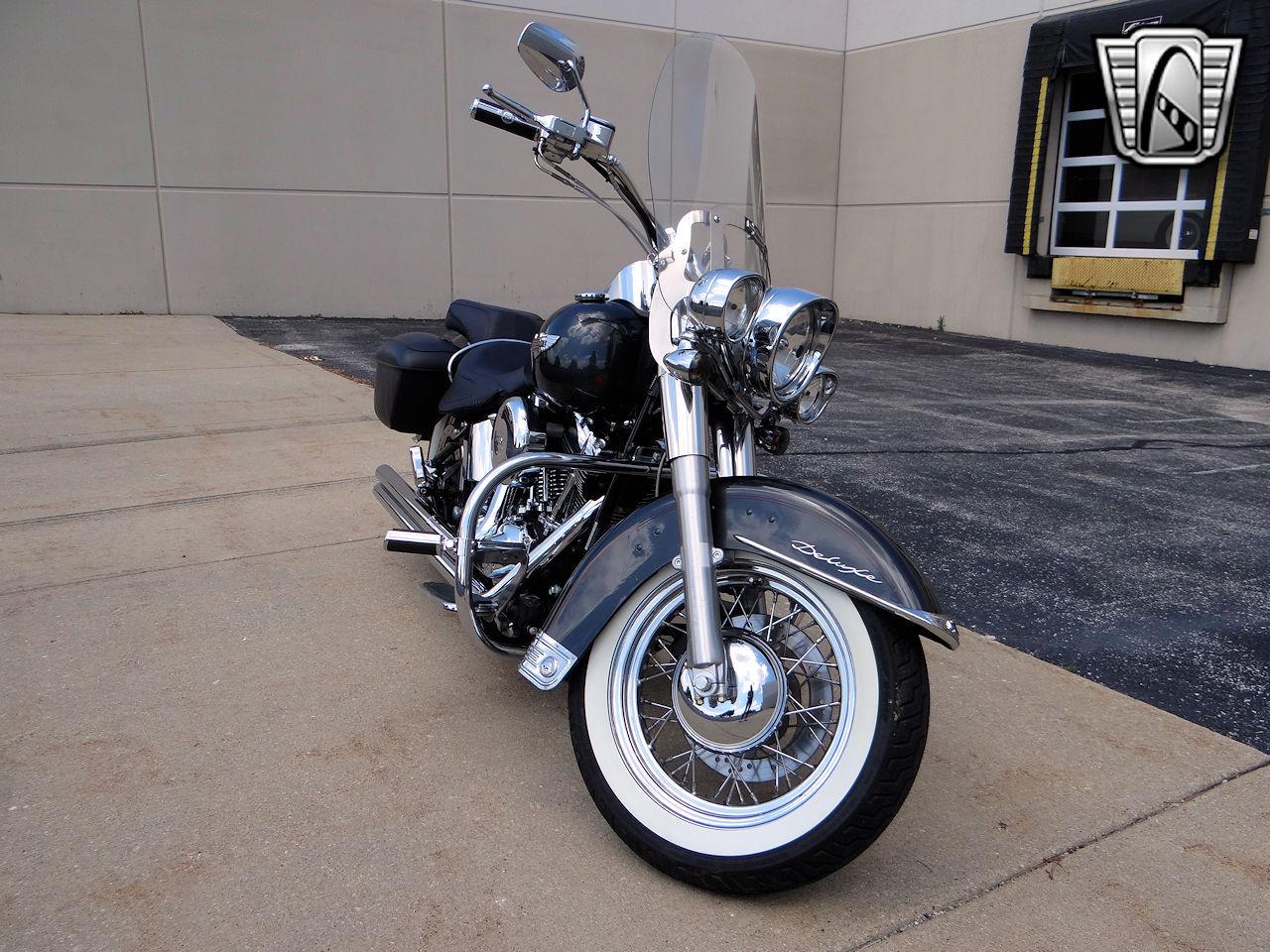 2006 Harley Davidson FLSTNI 39