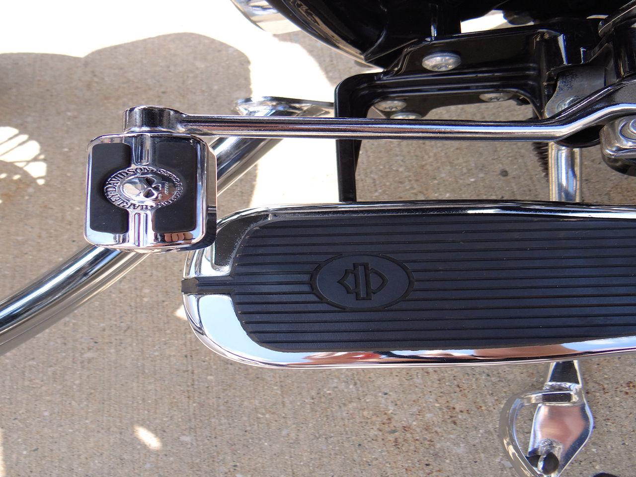2006 Harley Davidson FLSTNI 63