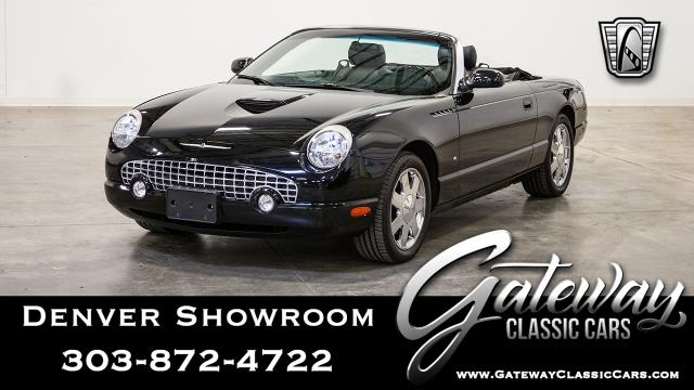 2003 Ford Thunderbird<br><span style='font-size: large; font-style: italic'><b>  </b></span>