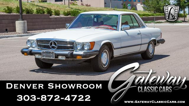 1977 Mercedes-Benz 450SLC<br><span style='font-size: large; font-style: italic'><b>  </b></span>