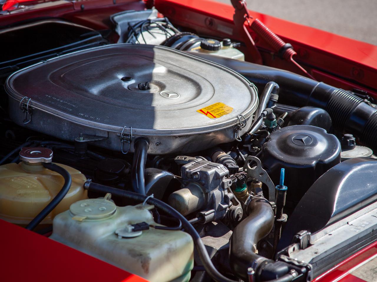 1989 Mercedes-Benz 560SL 10