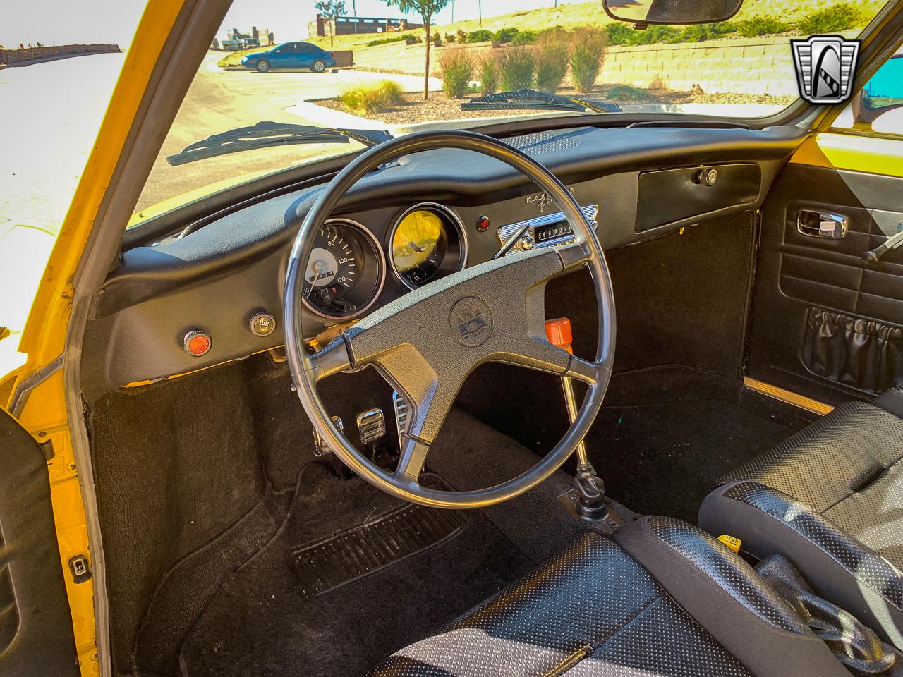 1972 Volkswagen Karmann Ghia 5