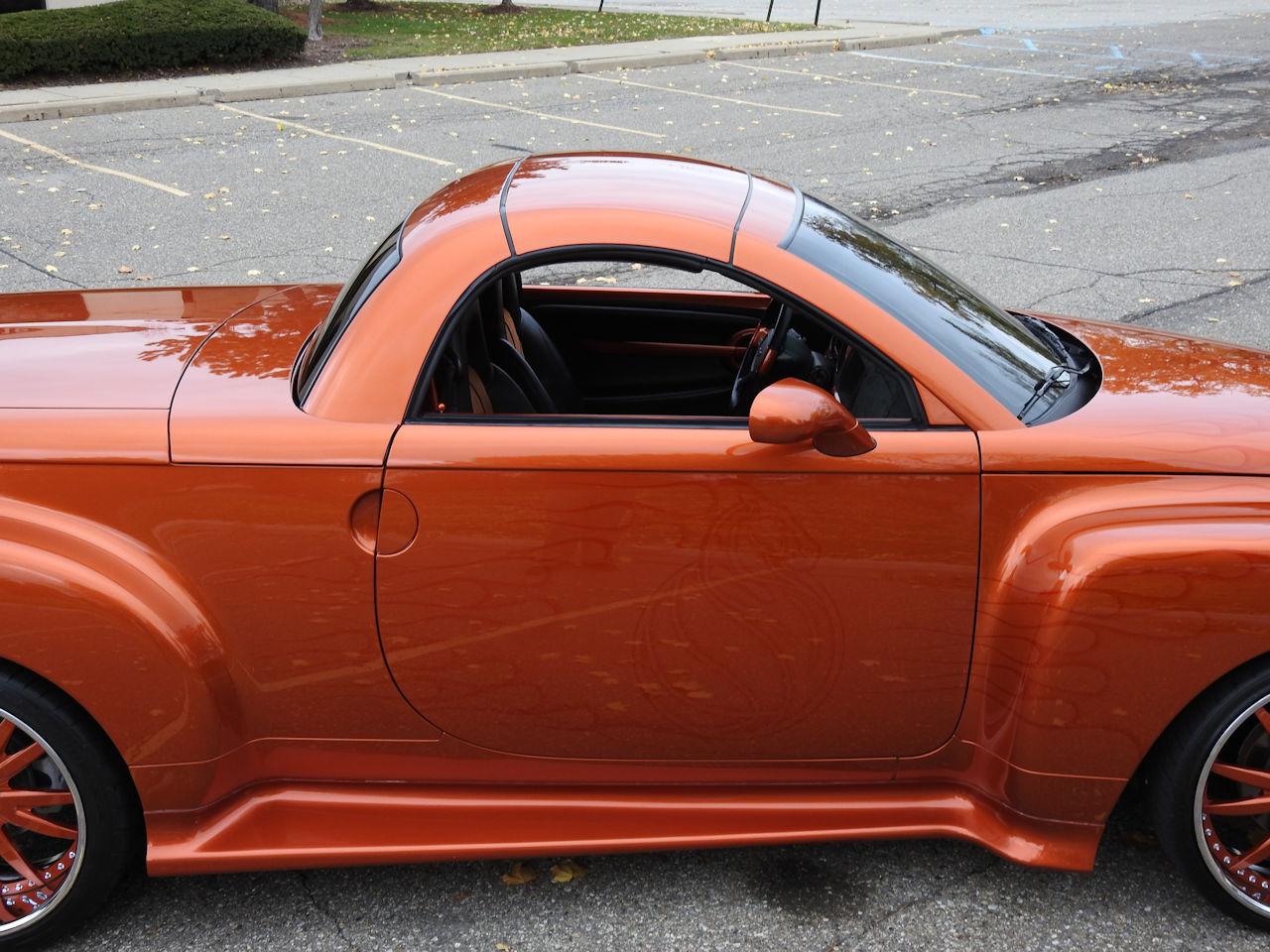 2003 Chevrolet SSR 12