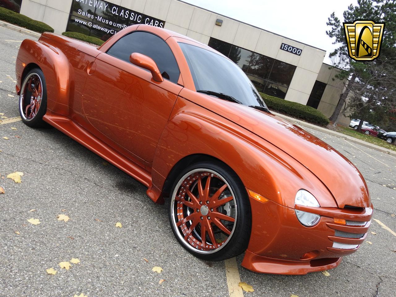 2003 Chevrolet SSR 21