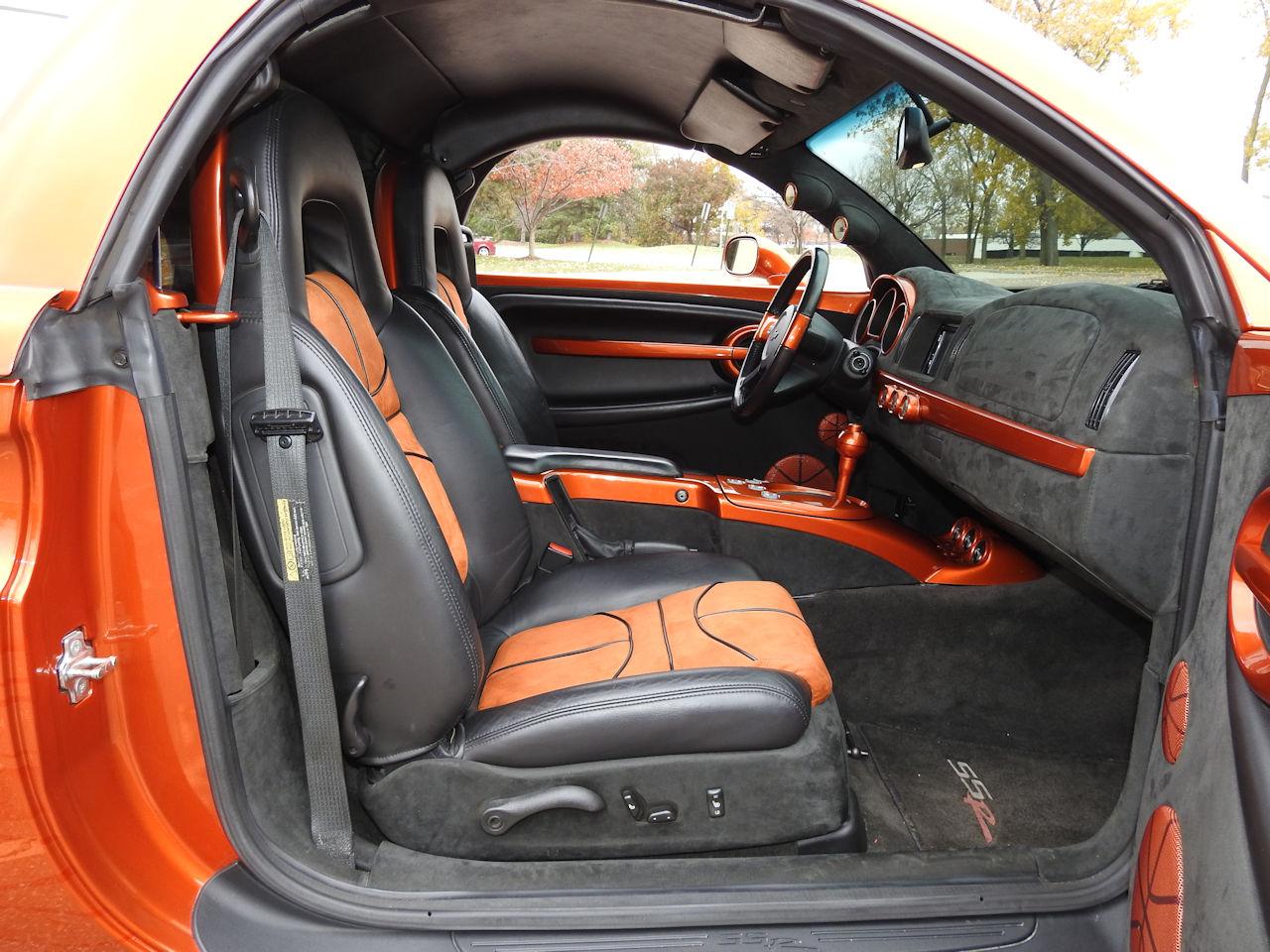 2003 Chevrolet SSR 35