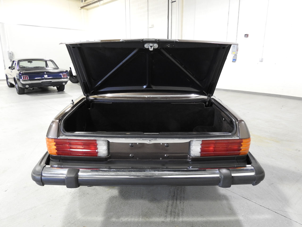 1982 Mercedes-Benz 380SL 7