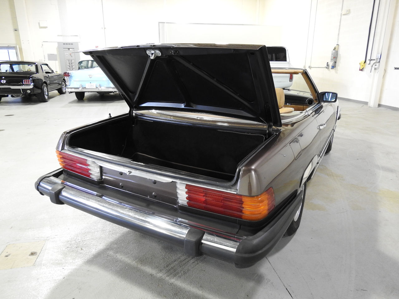 1982 Mercedes-Benz 380SL 25
