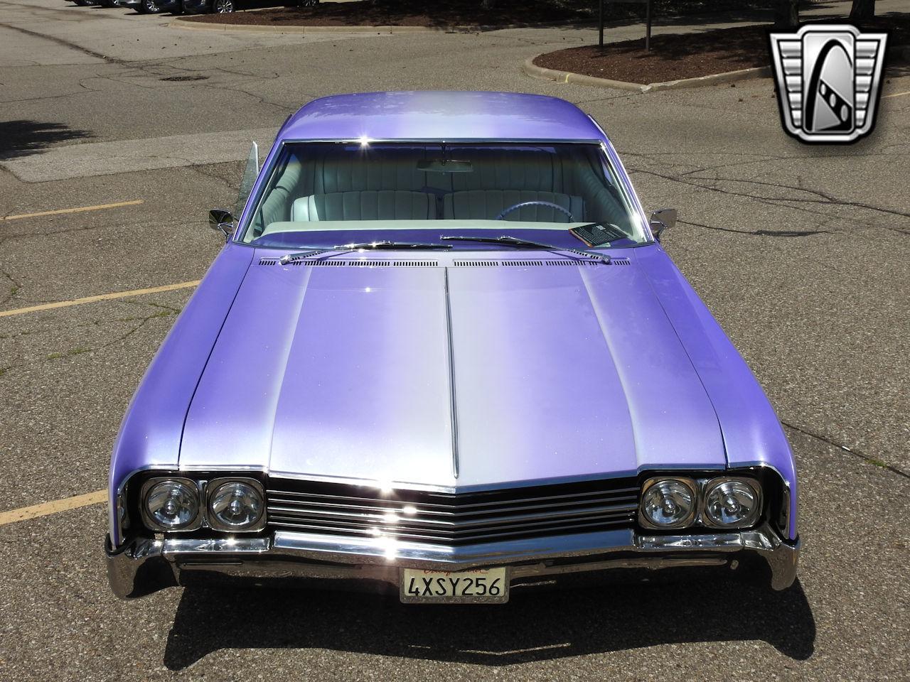 1966 Oldsmobile Dynamic 88 2