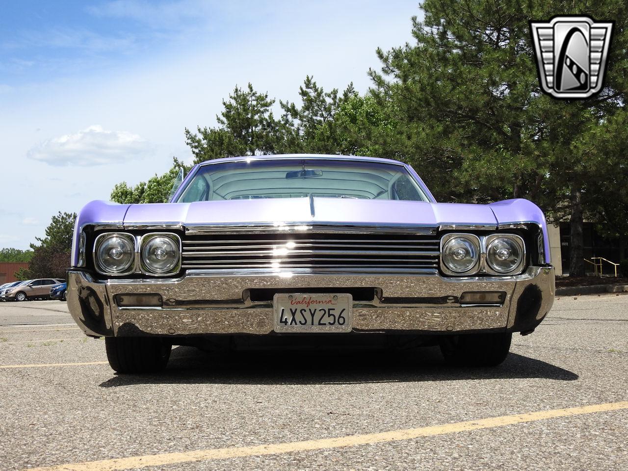 1966 Oldsmobile Dynamic 88 22