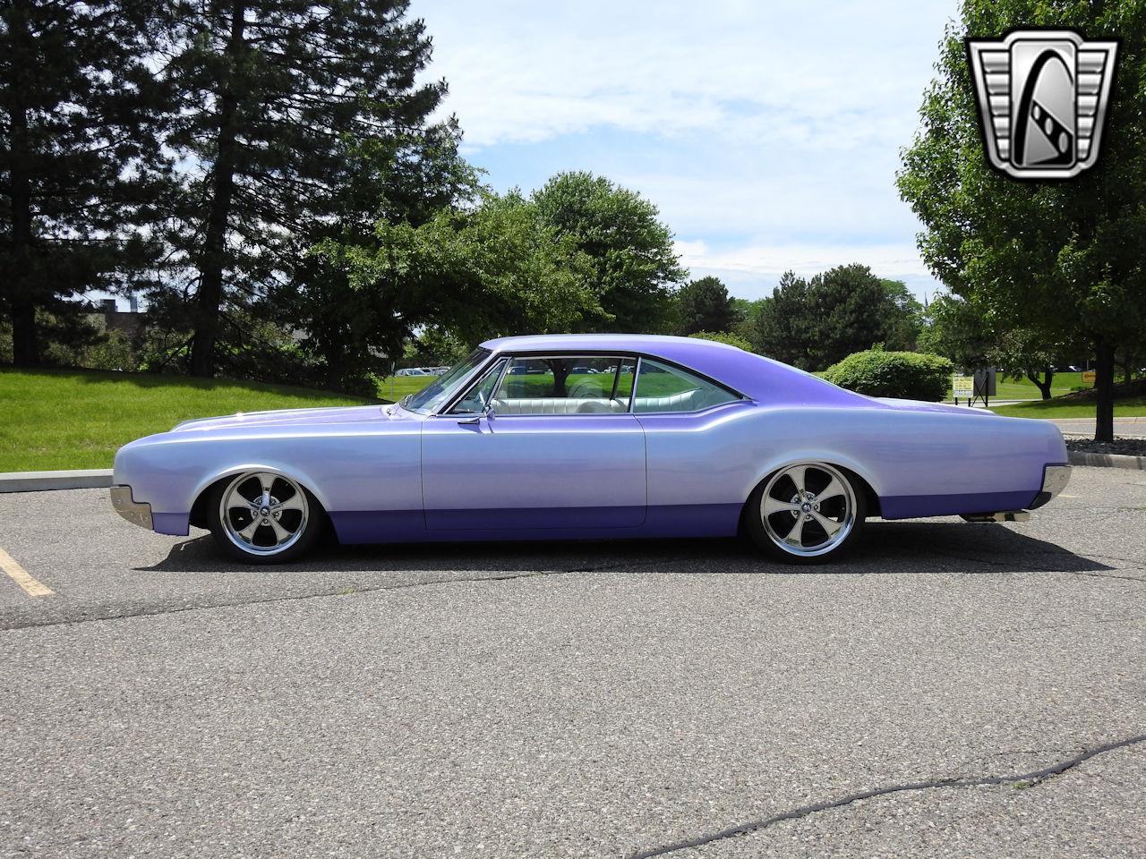 1966 Oldsmobile Dynamic 88 26