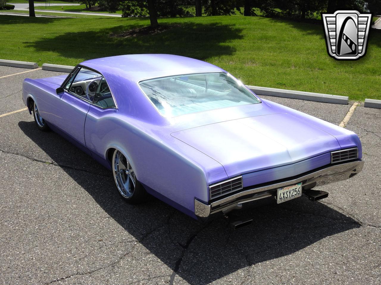 1966 Oldsmobile Dynamic 88 28