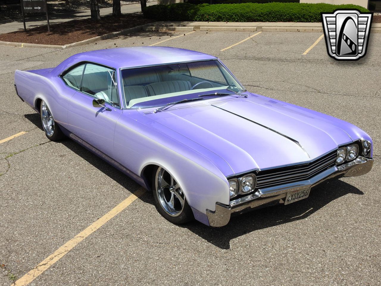 1966 Oldsmobile Dynamic 88 17