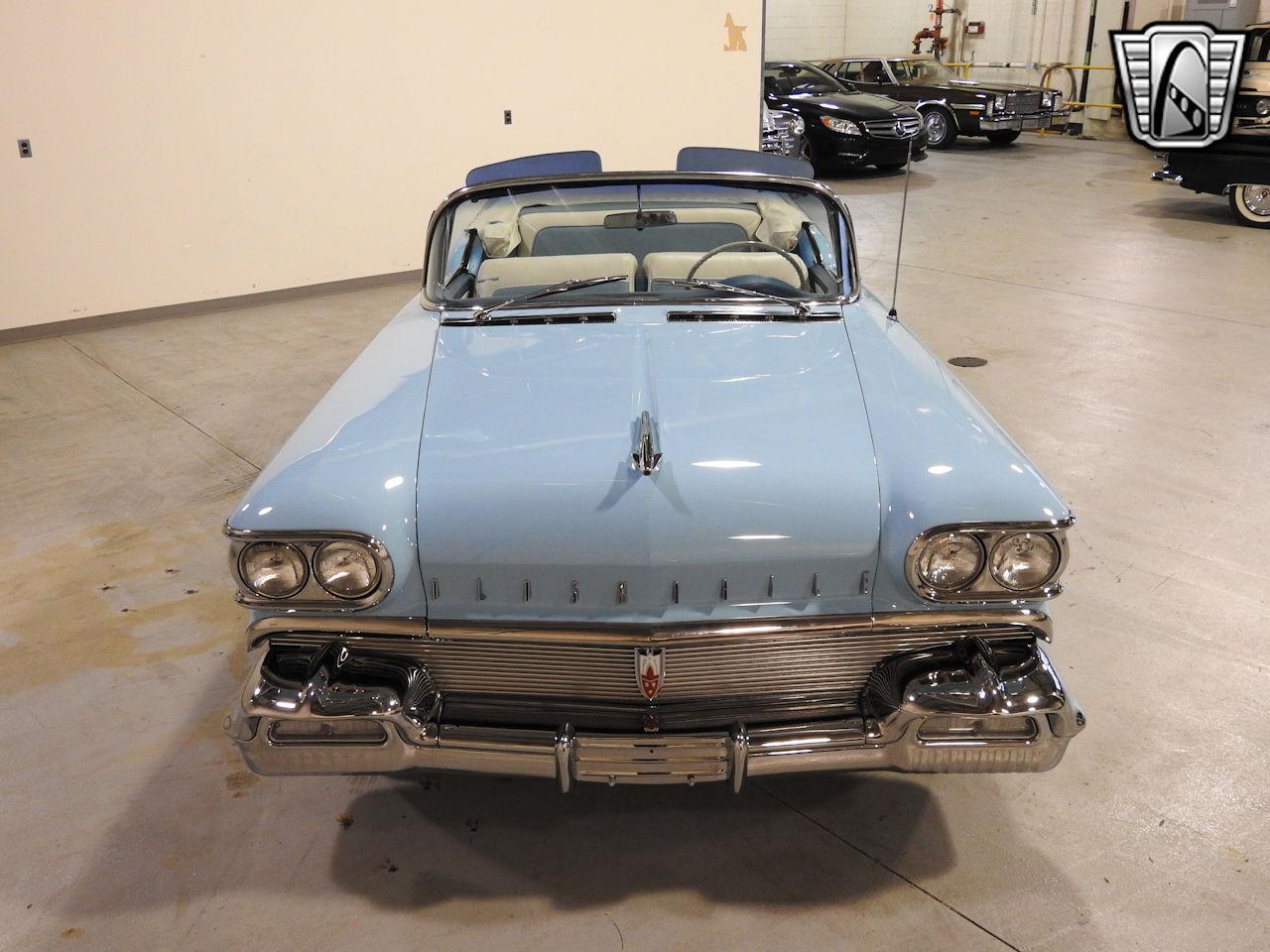 1958 Oldsmobile Super 88 1