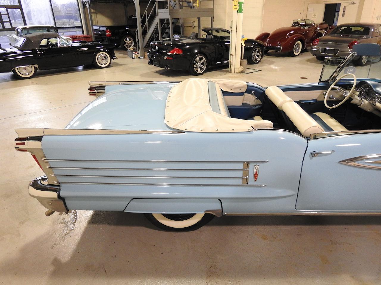 1958 Oldsmobile Super 88 25