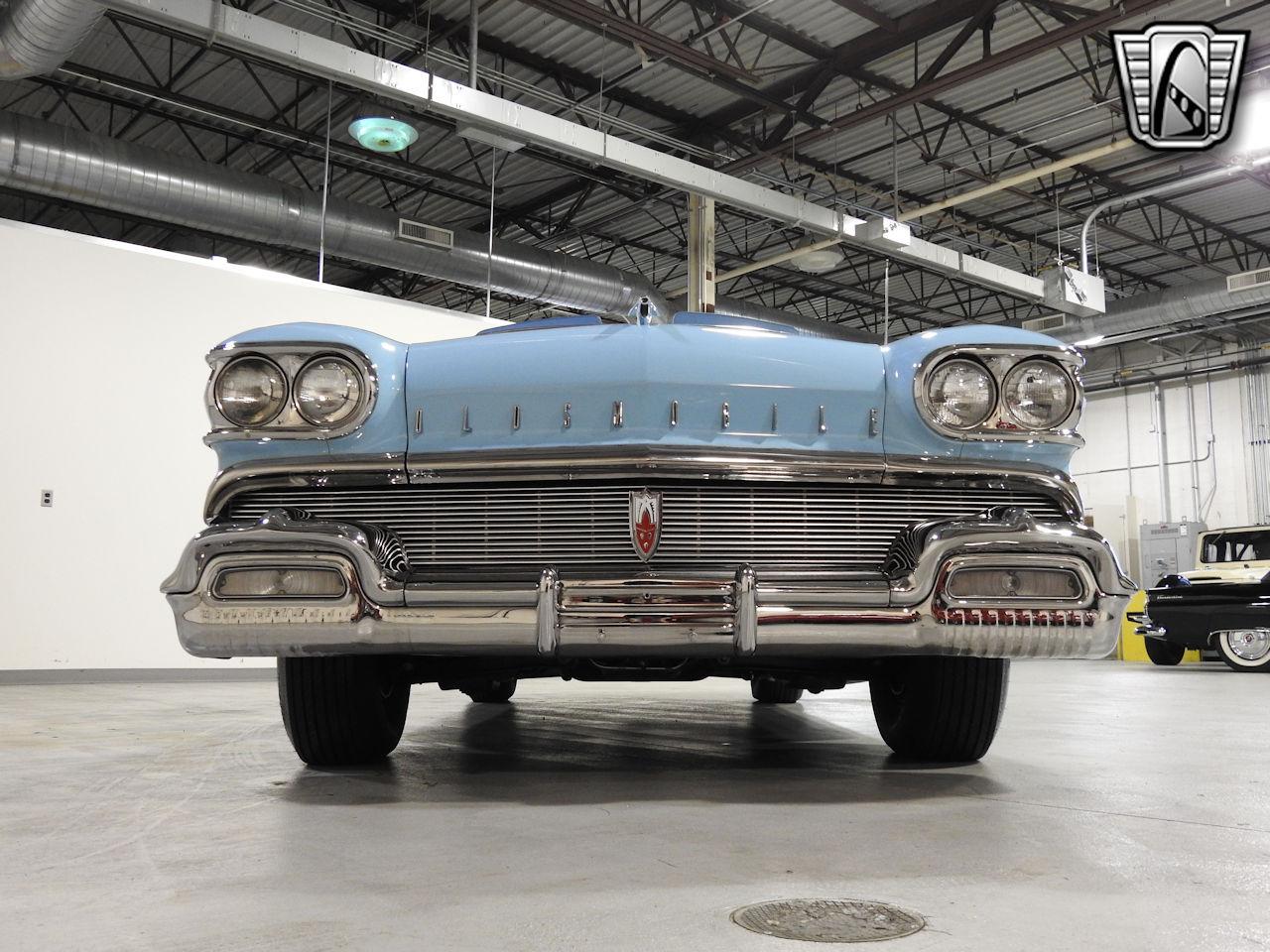 1958 Oldsmobile Super 88 3