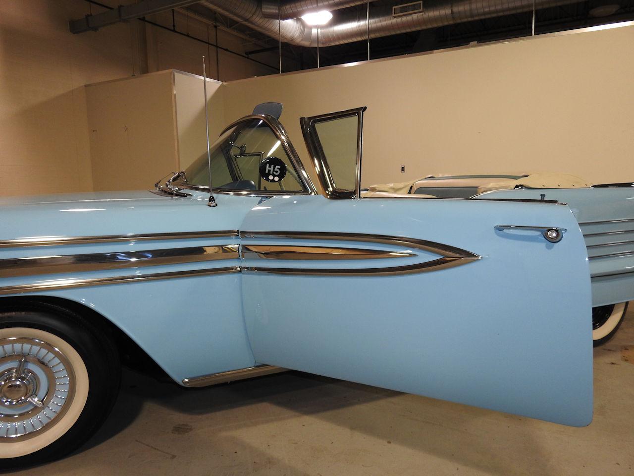 1958 Oldsmobile Super 88 70