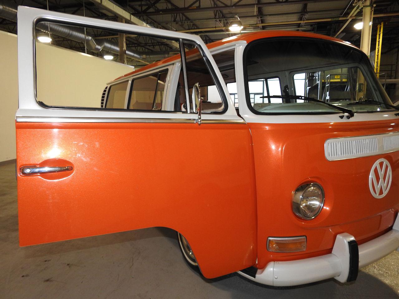 1969 Volkswagen Weekender 69