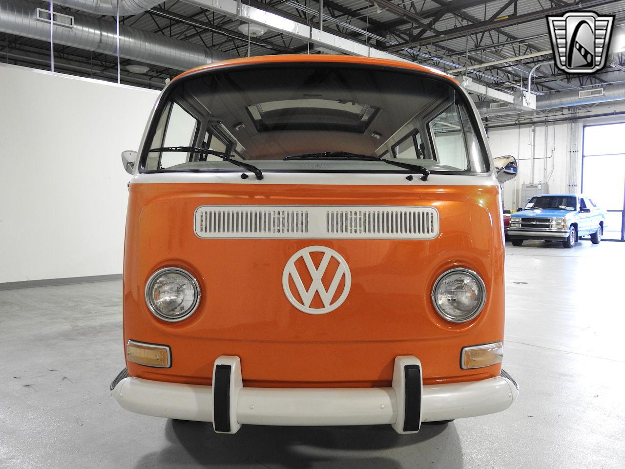 1969 Volkswagen Weekender 1