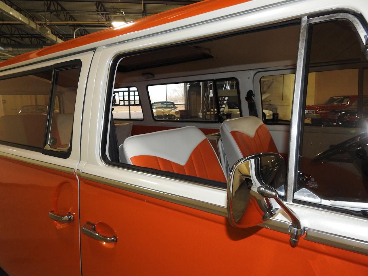 1969 Volkswagen Weekender 70