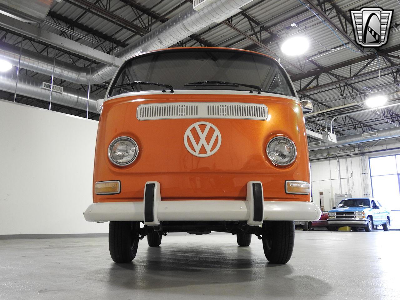1969 Volkswagen Weekender 2