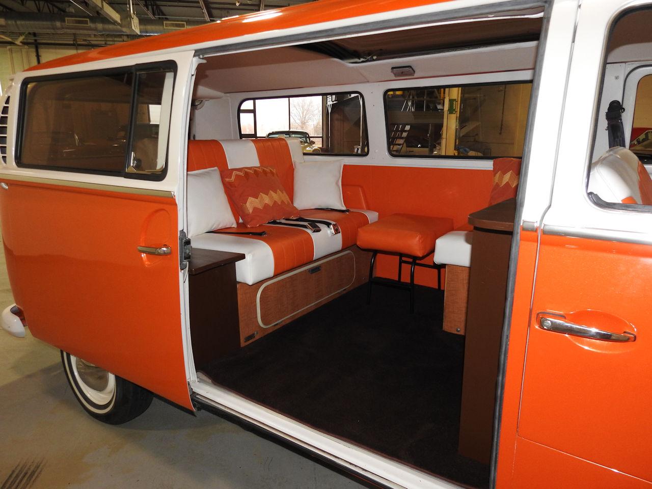 1969 Volkswagen Weekender 82