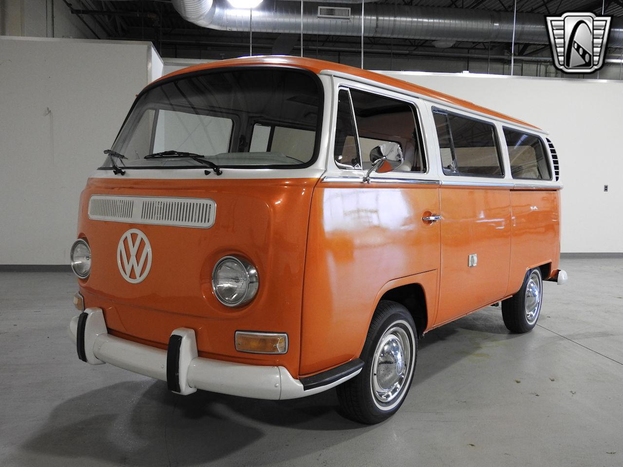 1969 Volkswagen Weekender 4