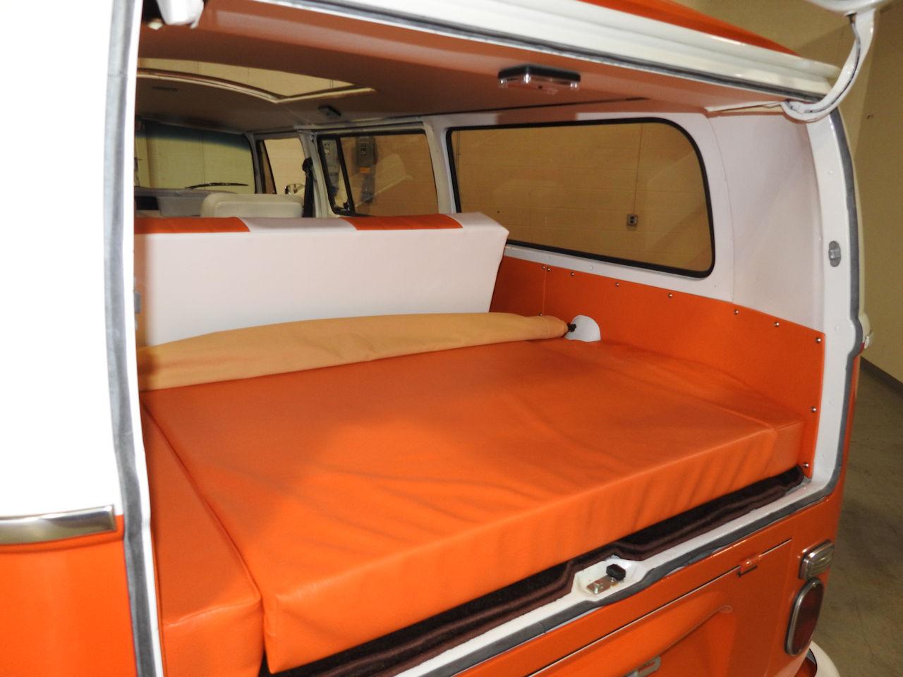 1969 Volkswagen Weekender 83