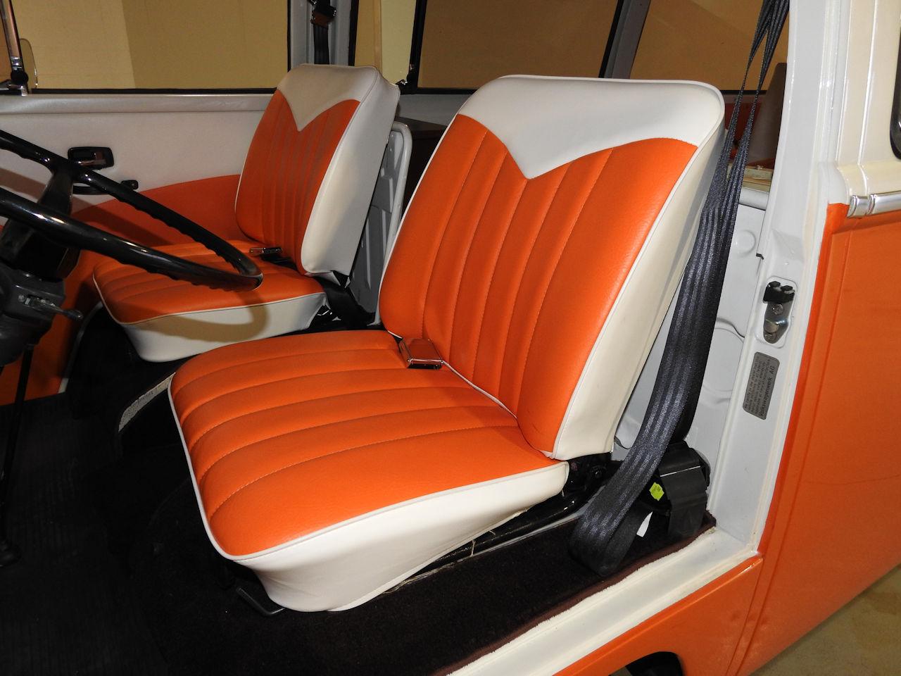 1969 Volkswagen Weekender 85