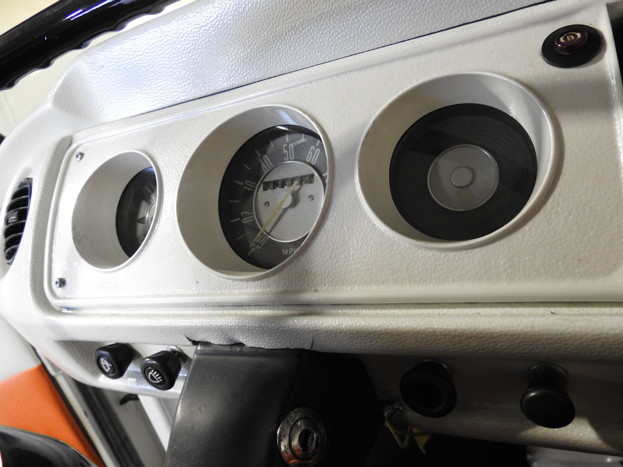 1969 Volkswagen Weekender 58