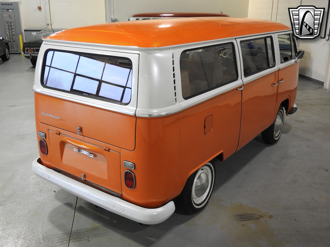 1969 Volkswagen Weekender 13