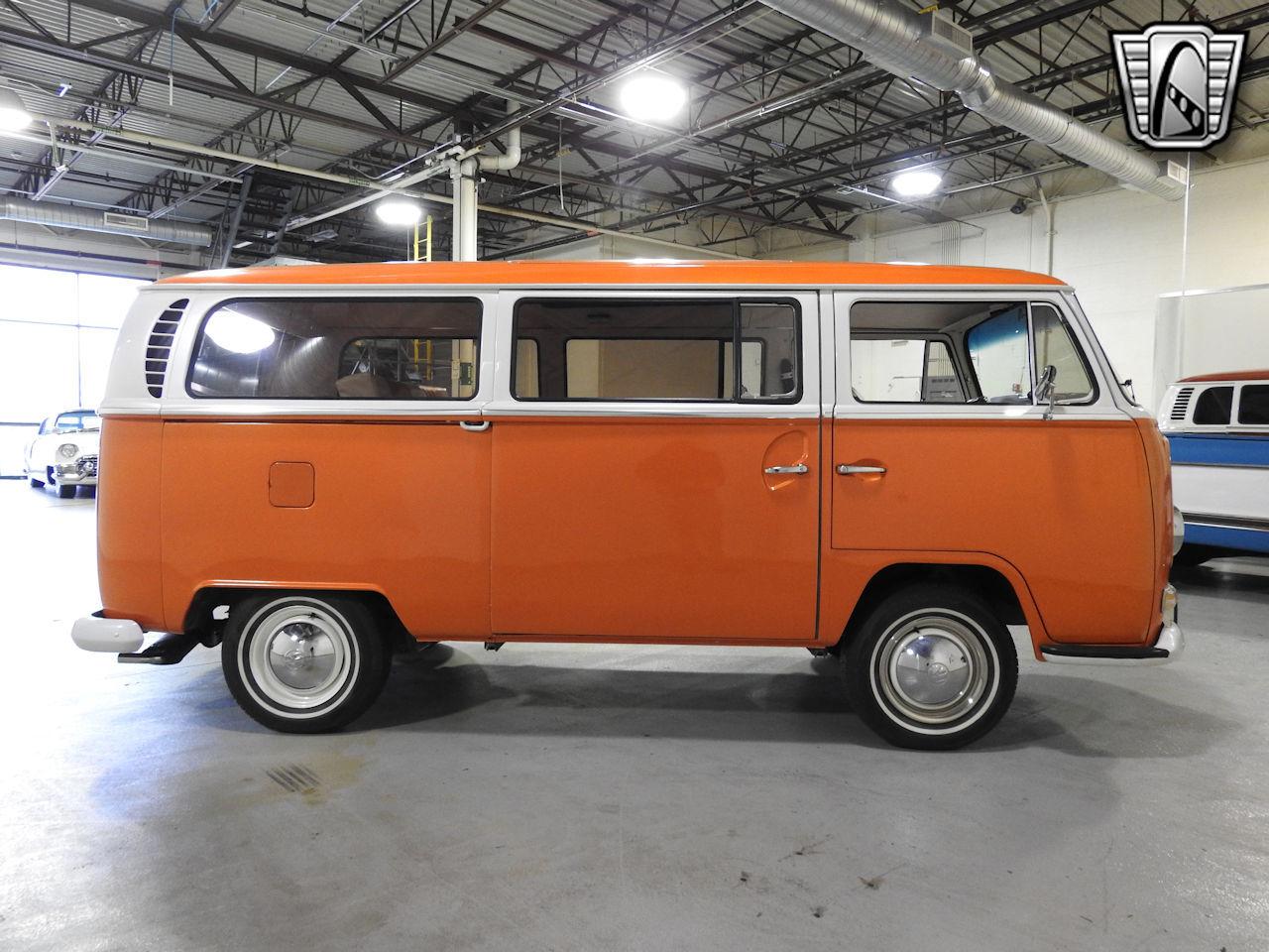 1969 Volkswagen Weekender 95
