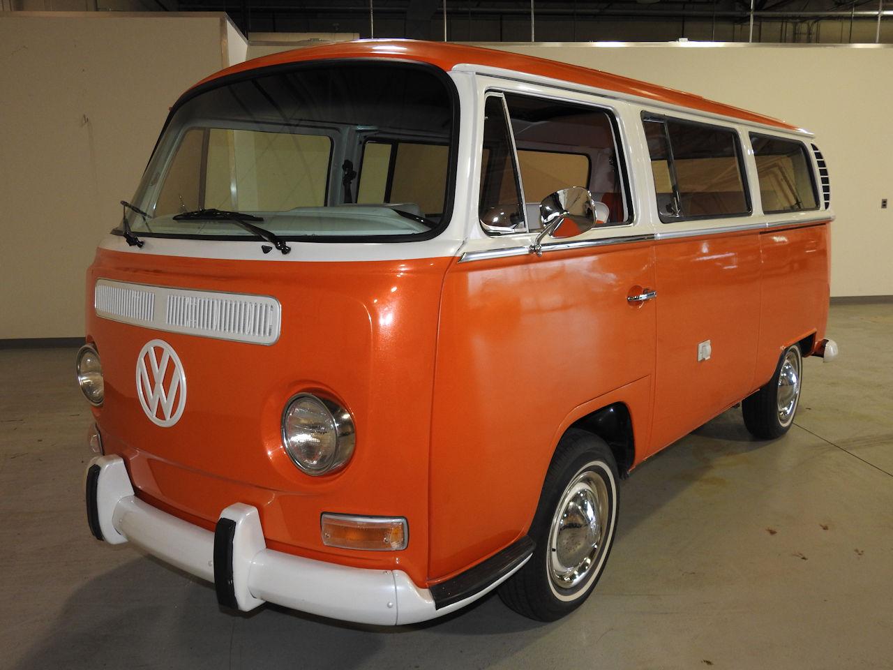 1969 Volkswagen Weekender 41