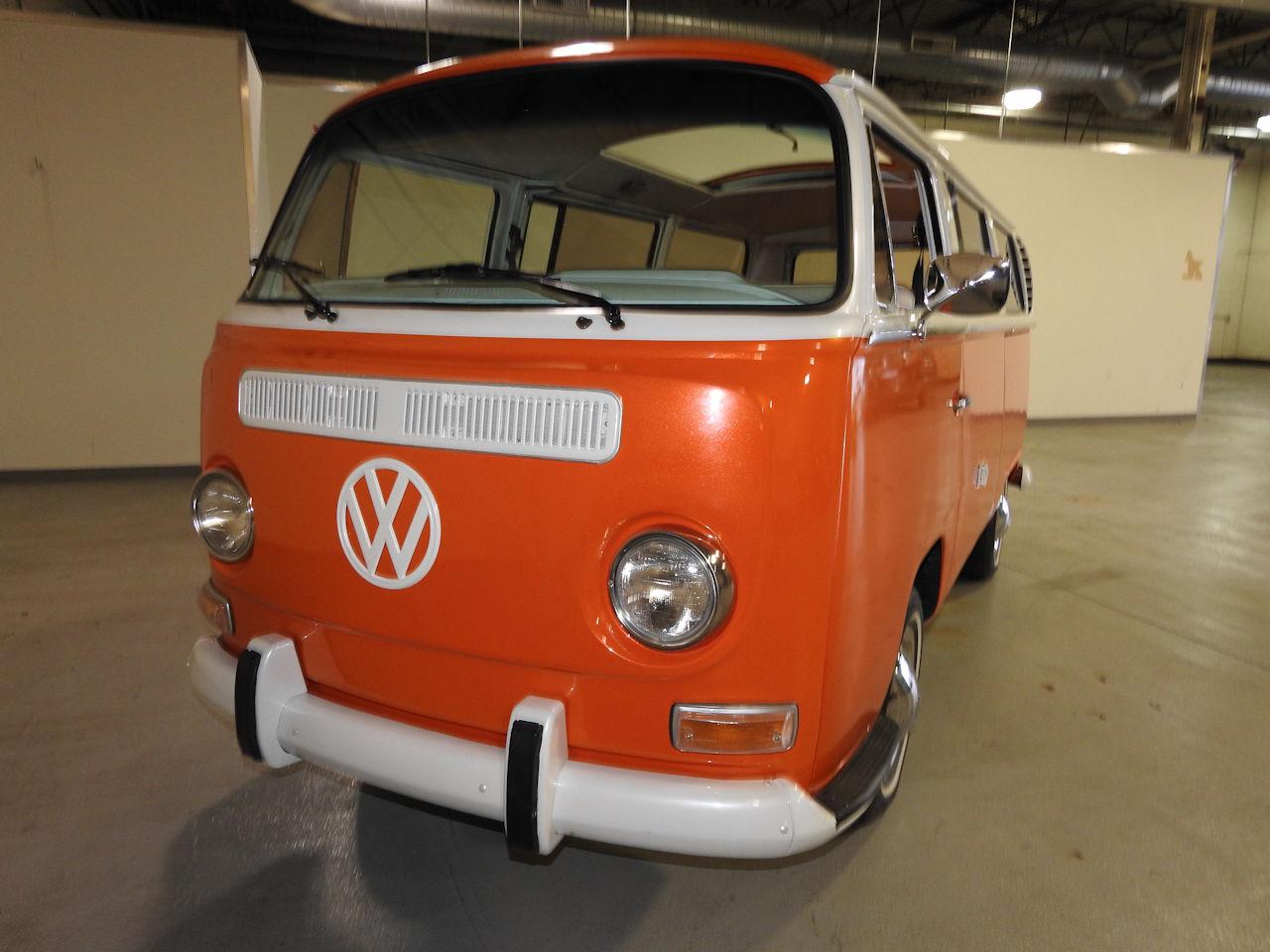 1969 Volkswagen Weekender 42