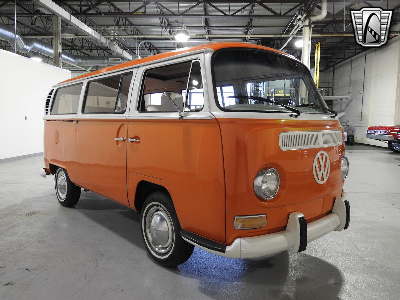 1969 Volkswagen Weekender 19