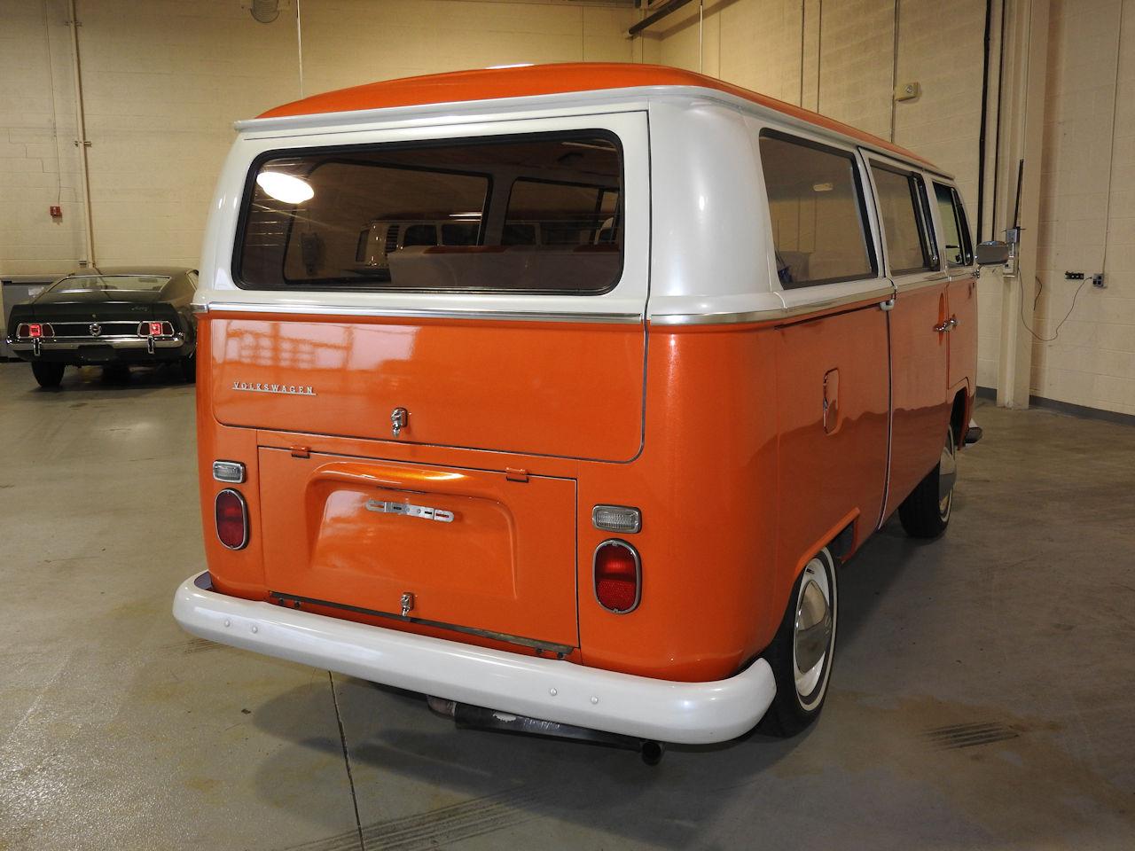 1969 Volkswagen Weekender 44