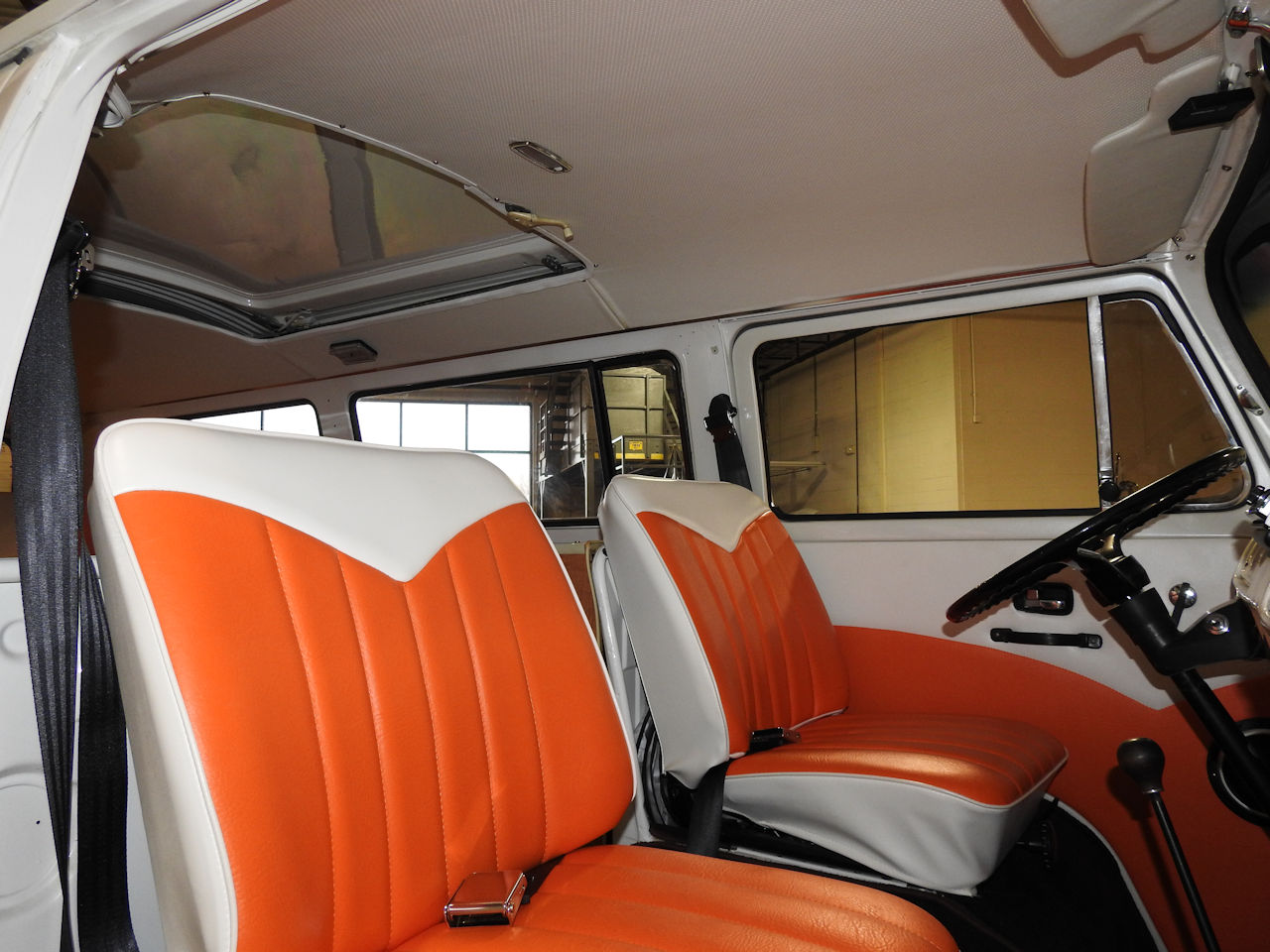 1969 Volkswagen Weekender 65