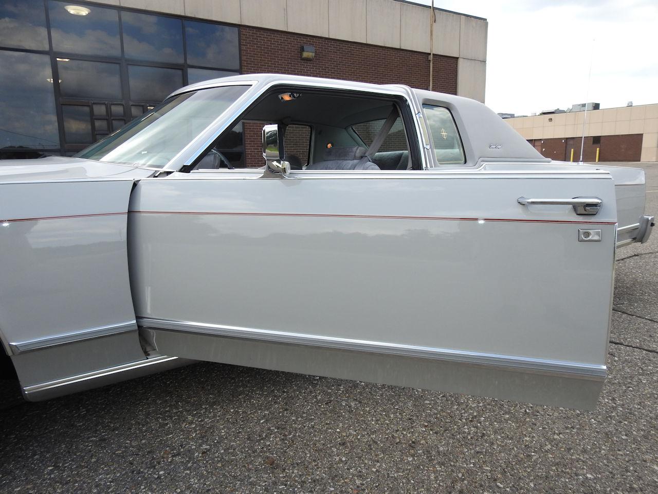 1979 Lincoln Continental 76