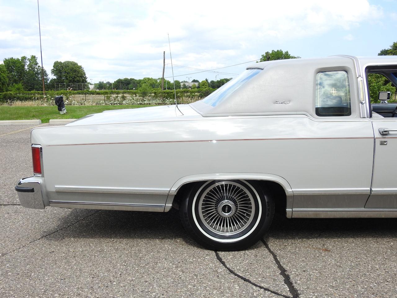 1979 Lincoln Continental 51