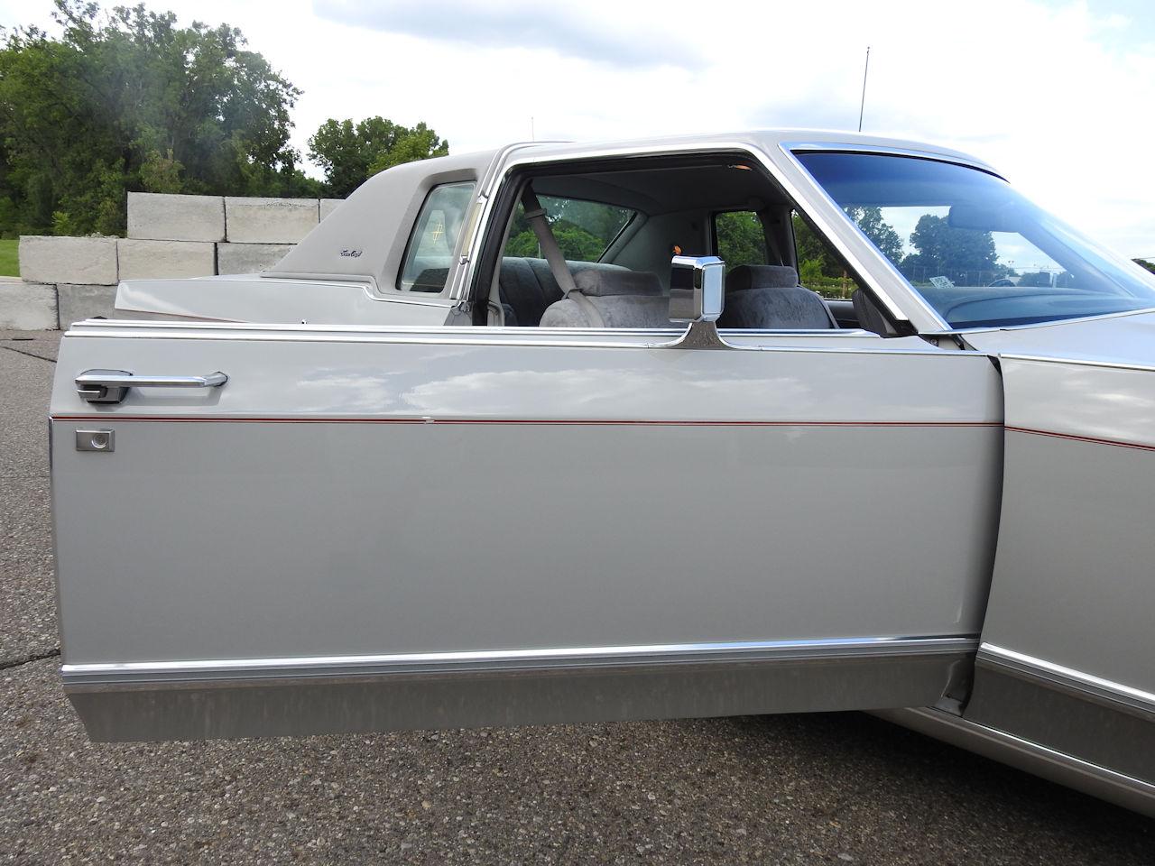 1979 Lincoln Continental 99