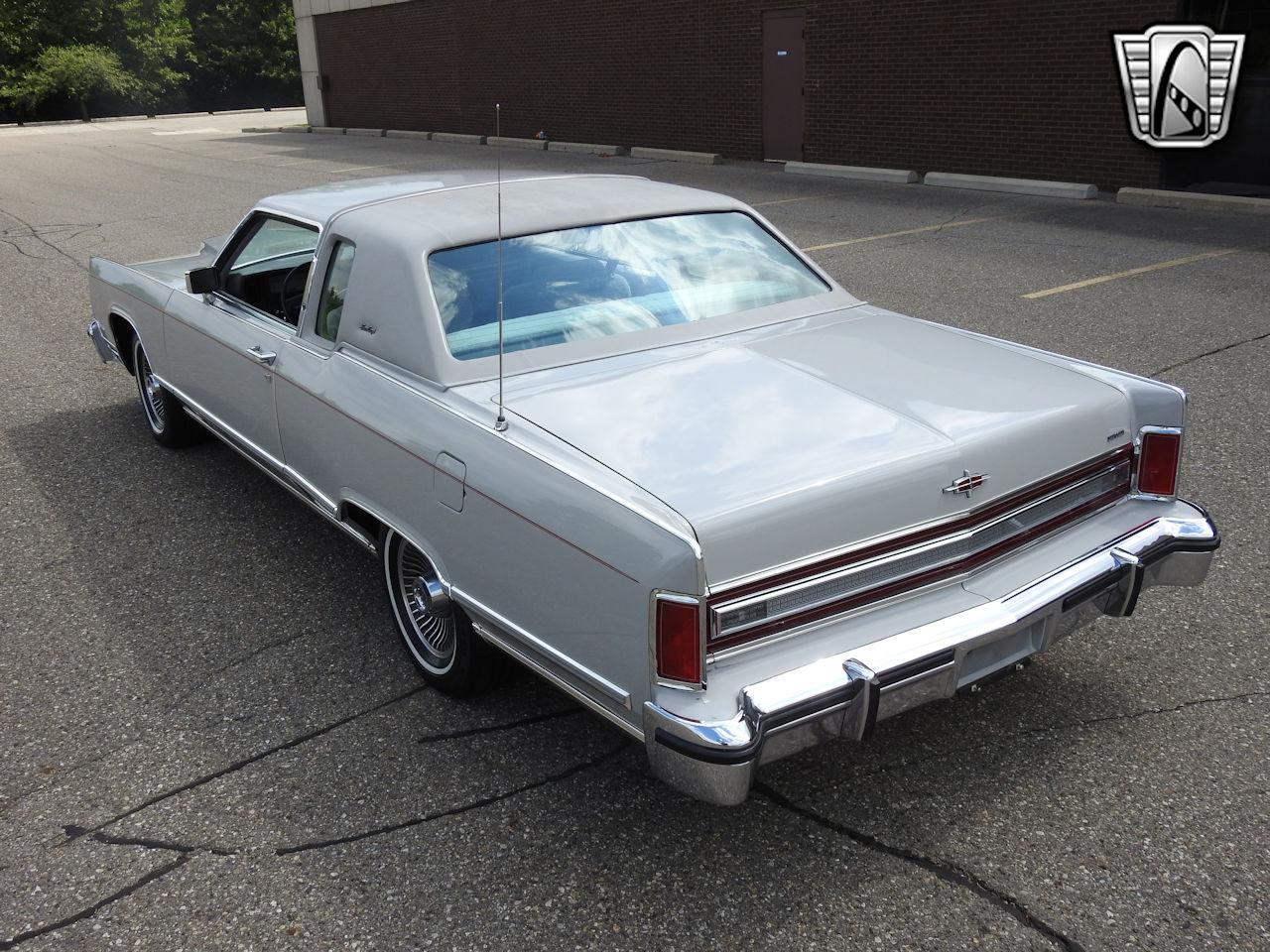 1979 Lincoln Continental 29
