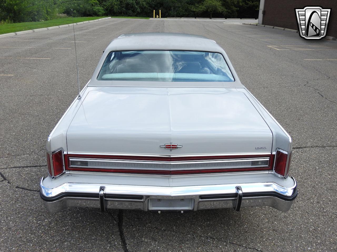 1979 Lincoln Continental 31