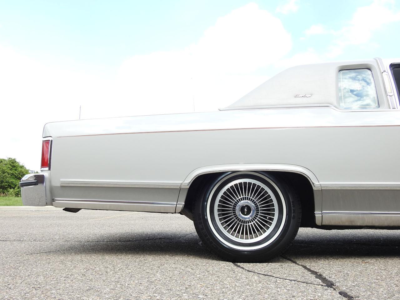 1979 Lincoln Continental 57