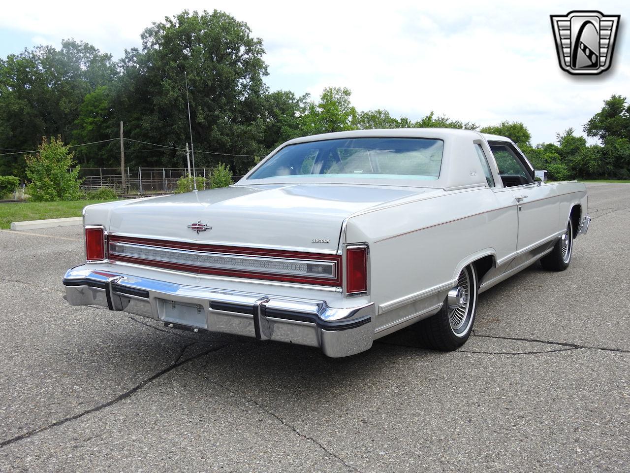 1979 Lincoln Continental 34