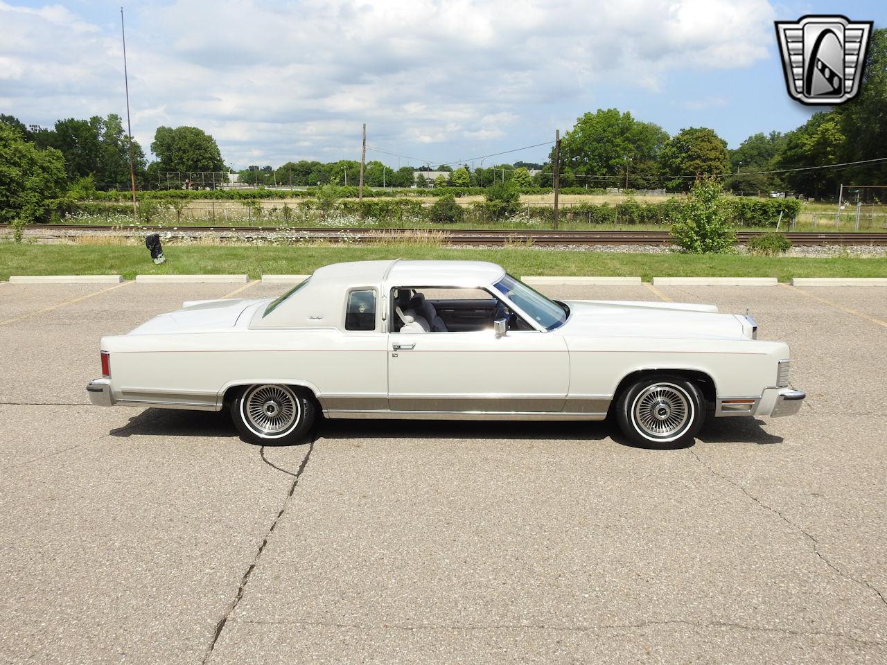 1979 Lincoln Continental 36