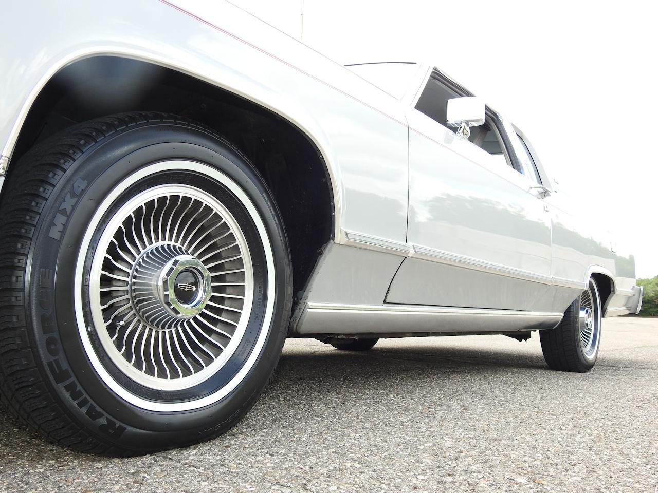 1979 Lincoln Continental 62