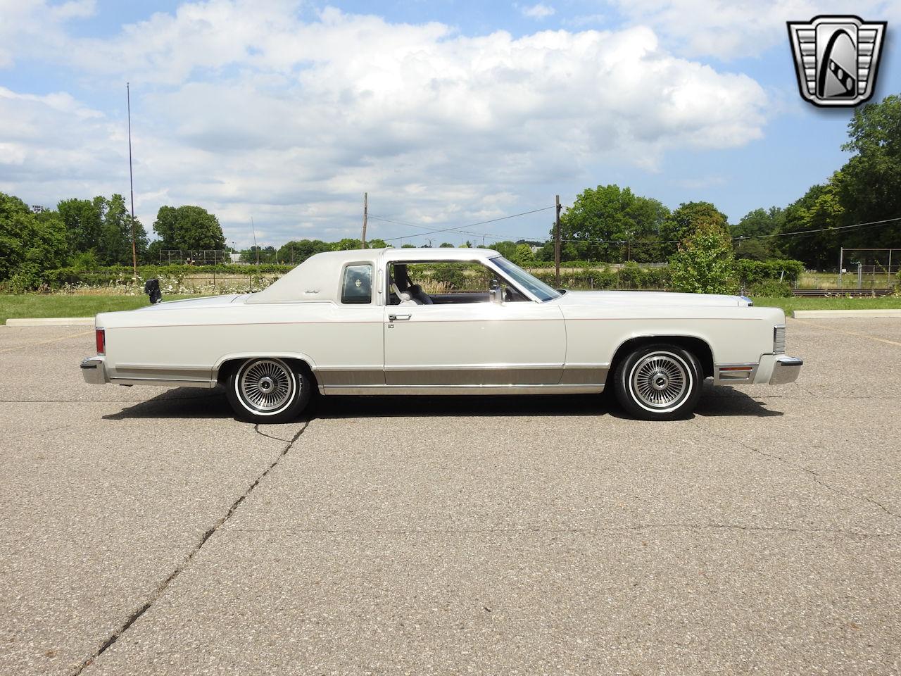 1979 Lincoln Continental 37