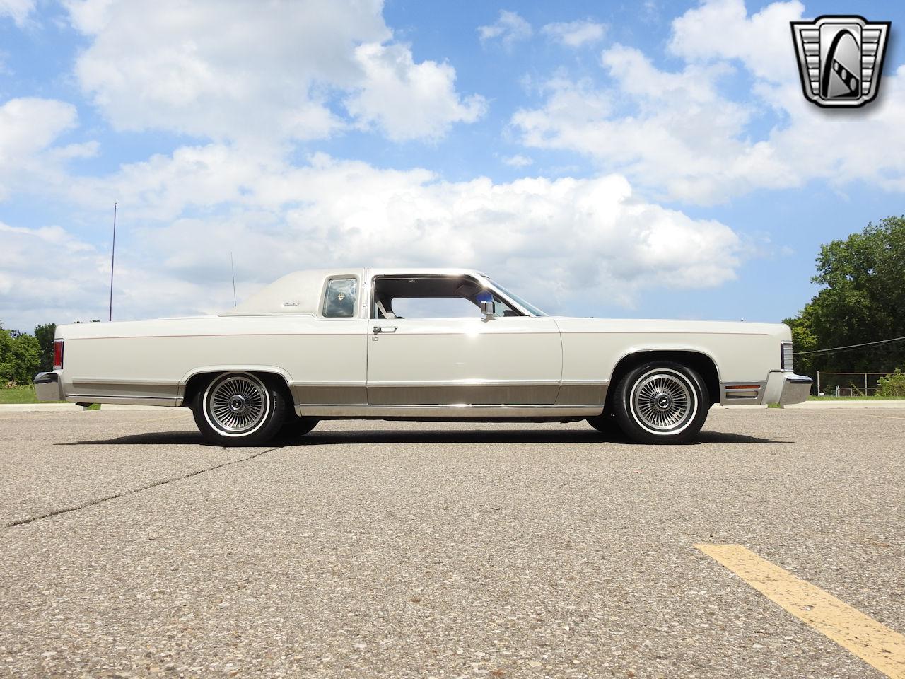 1979 Lincoln Continental 38
