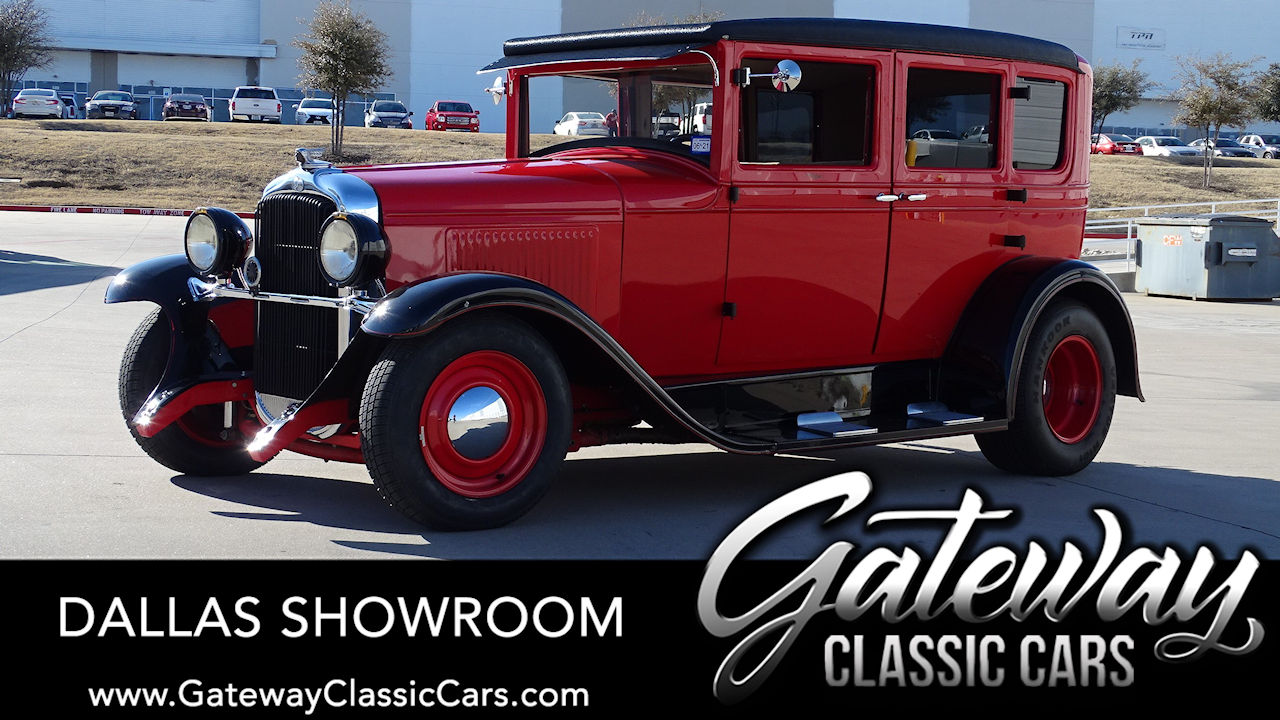 1928 Pontiac Sedan