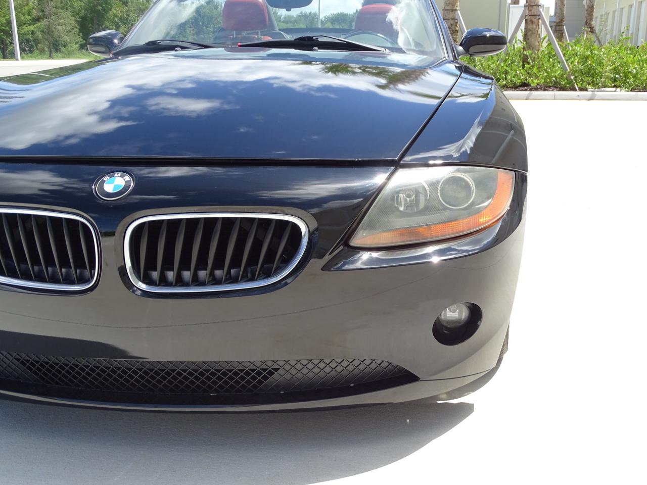 2003 BMW Z4 12